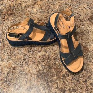 Kirk-Ease Blue Leather Wedge Sandals
